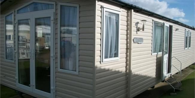£47,800, 2 Bedroom Detached Mobile Home For Sale in Perranporth, TR6