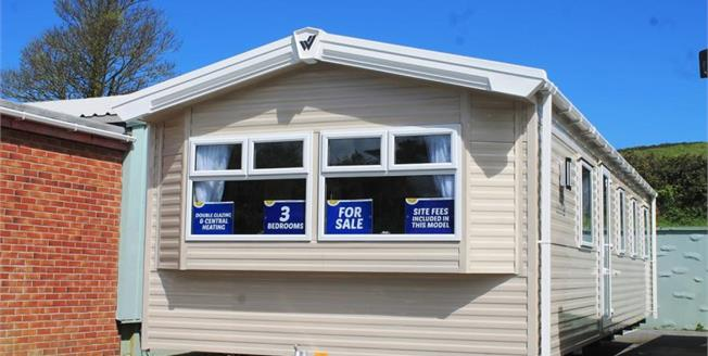 £43,850, 3 Bedroom Detached Mobile Home For Sale in Newquay, TR8