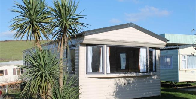 £23,995, 3 Bedroom Detached Mobile Home For Sale in Newquay, TR8