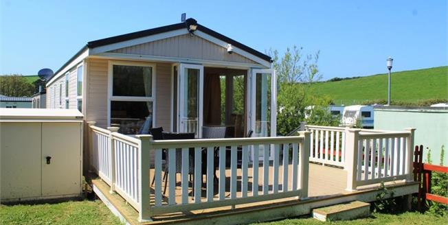 £48,650, 2 Bedroom Detached Mobile Home For Sale in Newquay, TR8