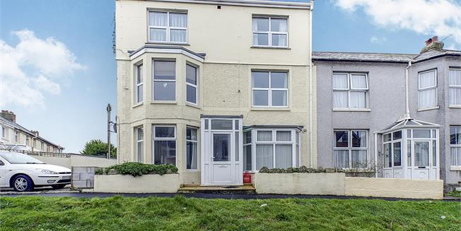 Asking Price £115,000, 1 Bedroom Upper Floor Flat For Sale in Newquay, TR7