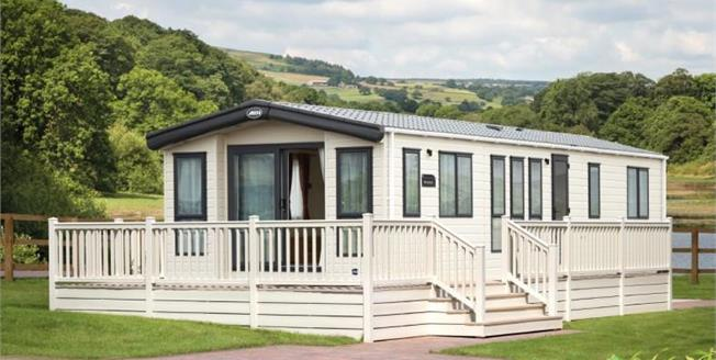 £82,531, 2 Bedroom Detached Mobile Home For Sale in Newquay, TR8
