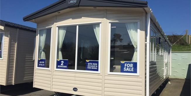 £55,500, 2 Bedroom Detached Mobile Home For Sale in Newquay, TR8