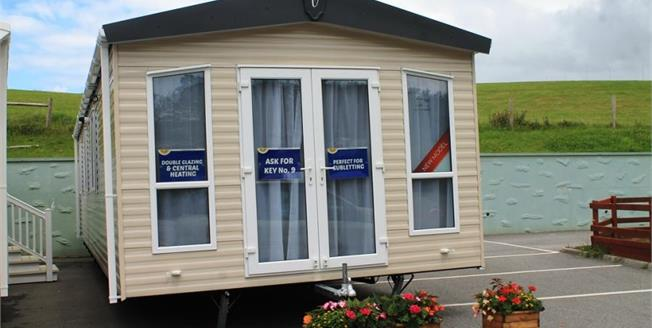 £47,000, 3 Bedroom Detached Mobile Home For Sale in Newquay, TR8