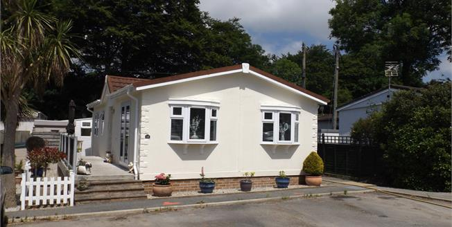 Asking Price £110,000, 2 Bedroom Detached Mobile Home For Sale in St Columb Major, TR9