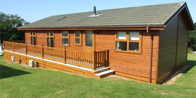 Asking Price £149,950, 3 Bedroom Detached Mobile Home For Sale in Cornwall, TR8