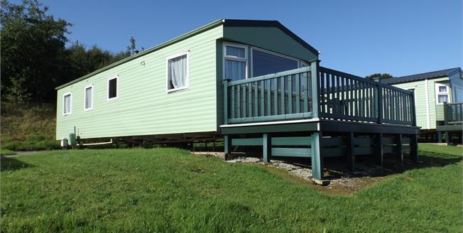 Asking Price £20,000, 3 Bedroom Mobile Home For Sale in White Cross, TR8