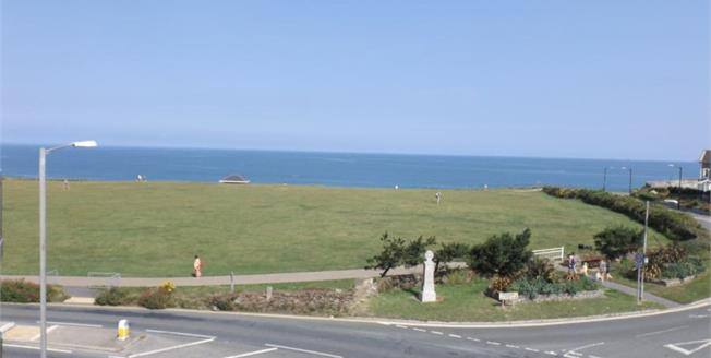 £280,950, 1 Bedroom Flat For Sale in Newquay, TR7