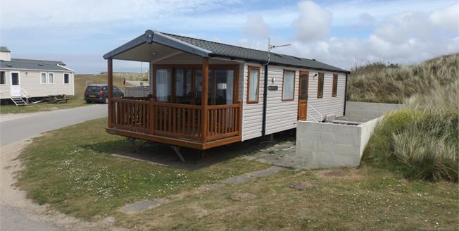 Asking Price £26,000, 2 Bedroom Mobile Home For Sale in Perranporth, TR6
