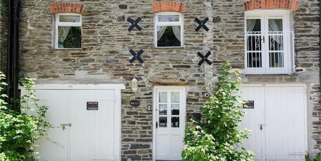 £395,000, 2 Bedroom Terraced Cottage For Sale in Cornwall, PL28