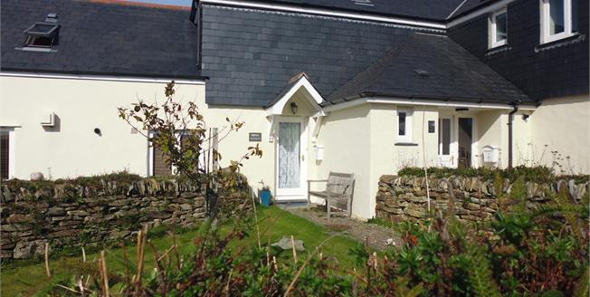 Asking Price £237,500, 2 Bedroom Terraced House For Sale in Padstow, PL28