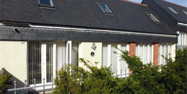 Asking Price £289,950, 3 Bedroom Terraced House For Sale in Padstow, PL28