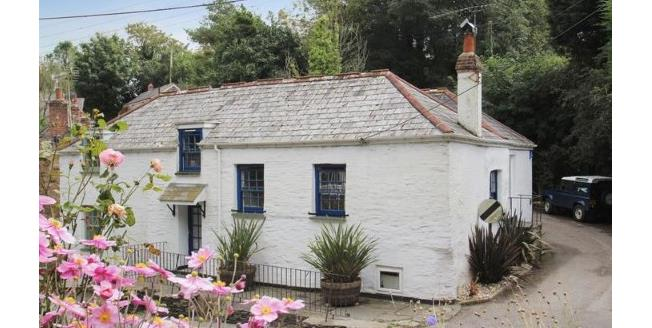 Asking Price £325,000, 3 Bedroom Semi Detached Cottage For Sale in Little Petherick, PL27