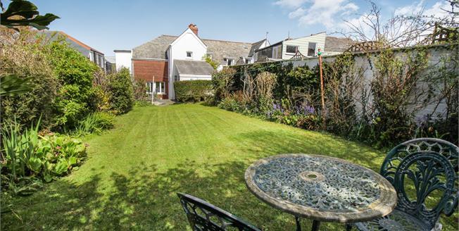 Asking Price £375,000, 3 Bedroom For Sale in Trevone, PL28