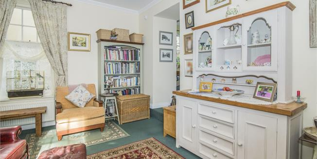 Guide Price £160,000, 2 Bedroom Flat For Sale in St. Columb, TR9