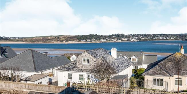 Guide Price £895,000, 3 Bedroom Detached Bungalow For Sale in Padstow, PL28
