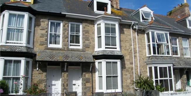 £229,950, 3 Bedroom Terraced House For Sale in Penzance, TR18
