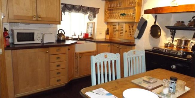 £179,950, 2 Bedroom End of Terrace House For Sale in Newlyn, TR18