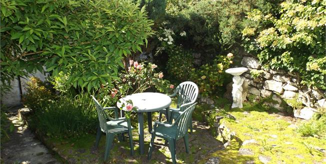 £146,000, 2 Bedroom Terraced Cottage For Sale in Pendeen, TR19
