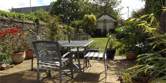 £340,000, 5 Bedroom Terraced House For Sale in Penzance, TR18