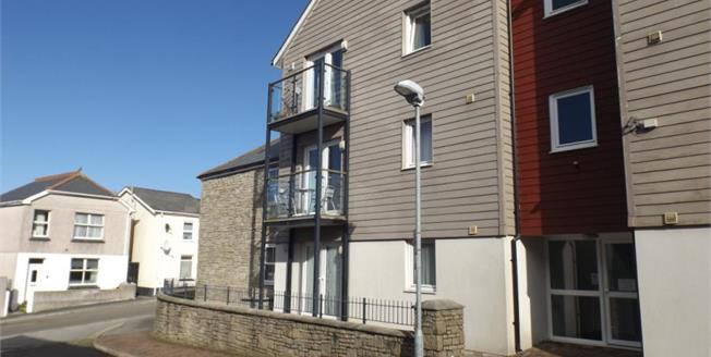 Asking Price £115,000, 2 Bedroom Flat For Sale in Redruth, TR15