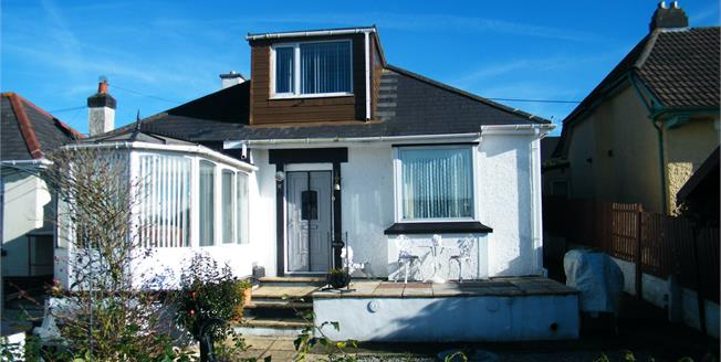 Guide Price £129,950, 2 Bedroom Detached Bungalow For Sale in Redruth, TR15