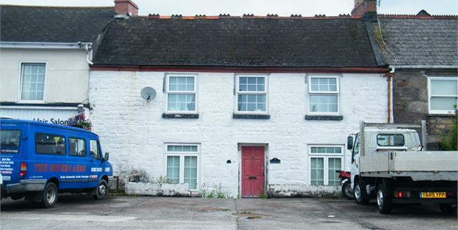 Guide Price £190,000, 4 Bedroom Terraced House For Sale in Redruth, TR15
