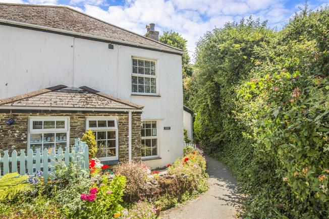 2 Bedroom Semi Detached Cottage For Sale in St  Austell for