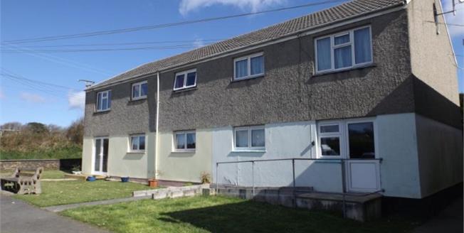 Asking Price £90,000, 1 Bedroom Flat For Sale in Zelah, TR4