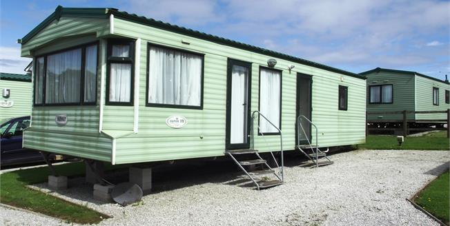 Guide Price £25,000, 2 Bedroom Detached Bungalow For Sale in Truro, TR4