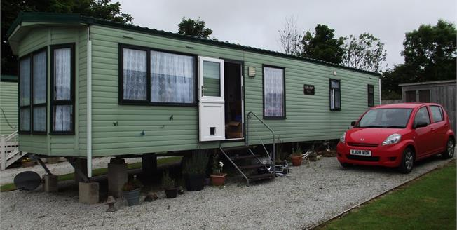 Guide Price £30,000, 2 Bedroom Detached Bungalow For Sale in Truro, TR4