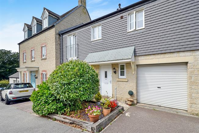 Truro Tr1 Asking Price 215000 Approximate Monthly Repayment