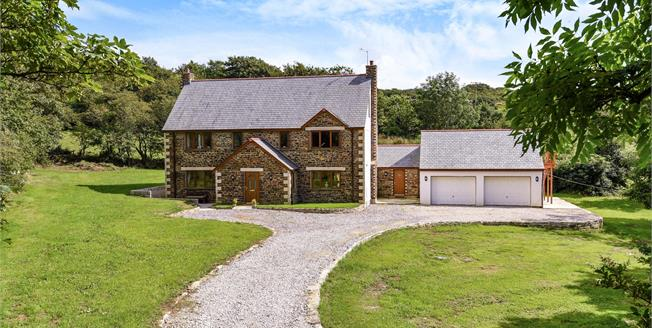 Asking Price £825,000, 6 Bedroom Detached House For Sale in Truro, TR4