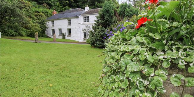 Guide Price £660,000, 7 Bedroom Detached Cottage For Sale in Penhallow, TR4