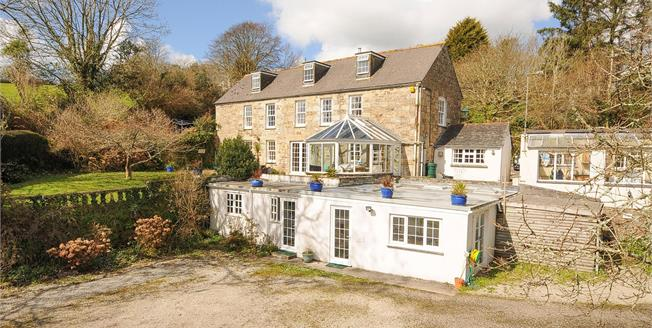 Guide Price £750,000, 4 Bedroom Detached House For Sale in Mawgan, TR12