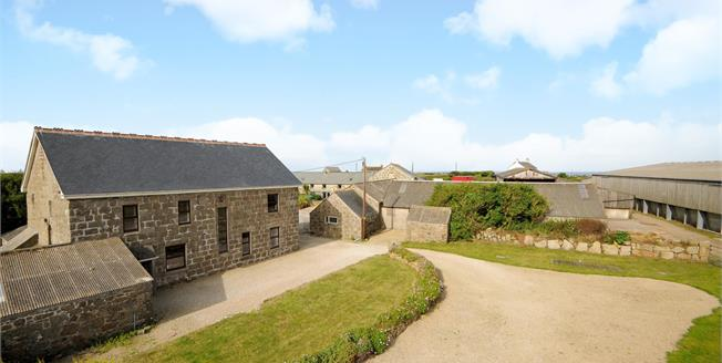 Guide Price £600,000, 4 Bedroom Detached House For Sale in Cornwall, TR19