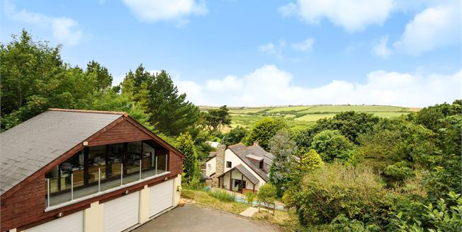 Guide Price £675,000, 5 Bedroom Detached Cottage For Sale in Rose, TR4