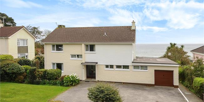 Guide Price £650,000, 5 Bedroom Detached House For Sale in Duporth, PL26