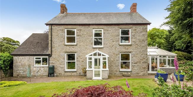 £590,000, 4 Bedroom Detached House For Sale in Constantine, TR11