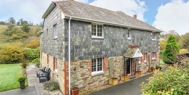 Guide Price £850,000, 4 Bedroom Detached House For Sale in St. Breock, PL27