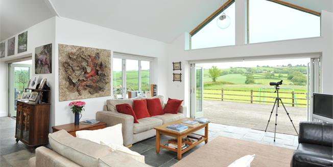 Guide Price £795,000, 4 Bedroom Detached House For Sale in Penpol, PL22