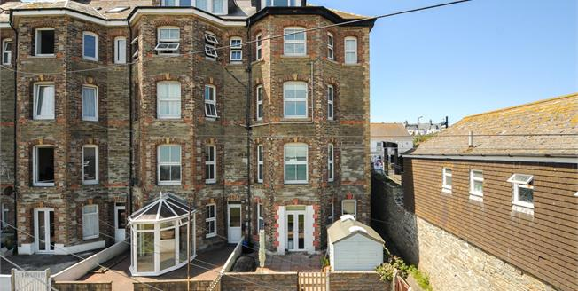 Guide Price £525,000, 7 Bedroom House For Sale in Newquay, TR7