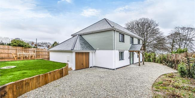Guide Price £575,000, 5 Bedroom Detached House For Sale in Duporth, PL26