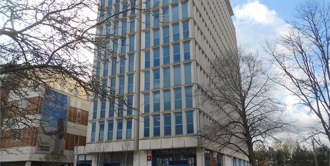 Offers in excess of £135,000, 1 Bedroom Upper Floor Flat For Sale in Bedford, MK42