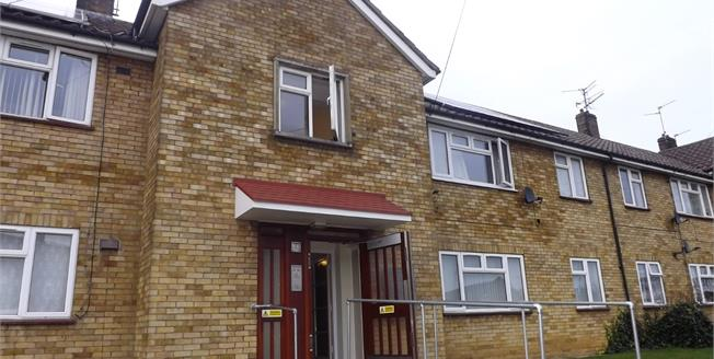 £90,000, 2 Bedroom Flat For Sale in Dogsthorpe, PE1