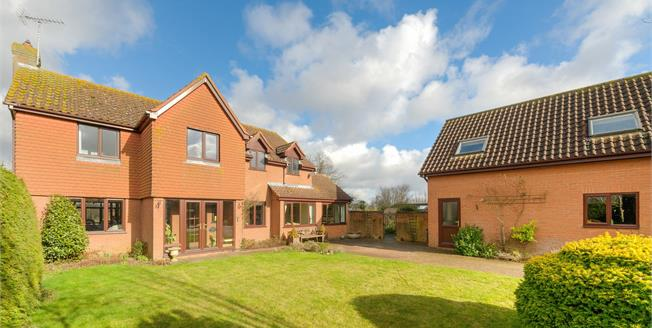 Asking Price £775,000, 5 Bedroom Detached House For Sale in Yielden, MK44