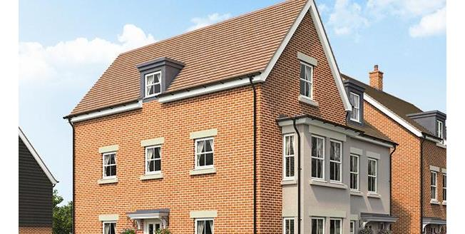 £364,950, 4 Bedroom Semi Detached House For Sale in Biggleswade, SG18