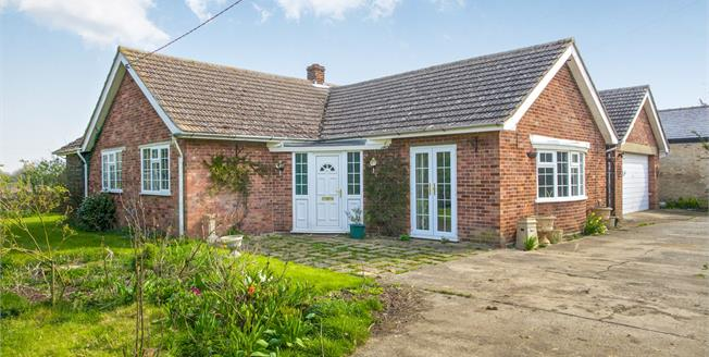 Asking Price £425,000, 3 Bedroom Detached Bungalow For Sale in Woodhurst, PE28