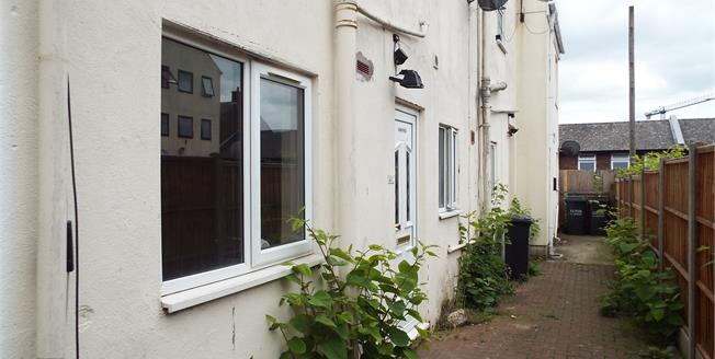 Asking Price £100,000, 1 Bedroom Maisonette For Sale in Luton, LU1