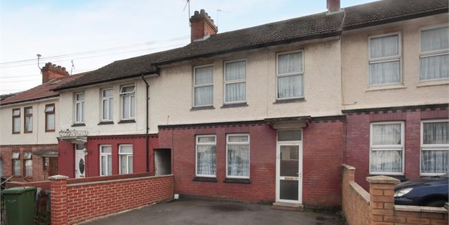 Fixed Price £320,000, 3 Bedroom Terraced House For Sale in Luton, LU4